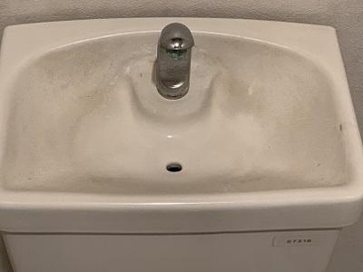 トイレの手洗いボウルの汚れ